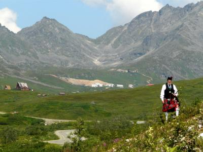 Piper, Norm Weaver | Anchorage, AK | Bagpipes | Photo #2