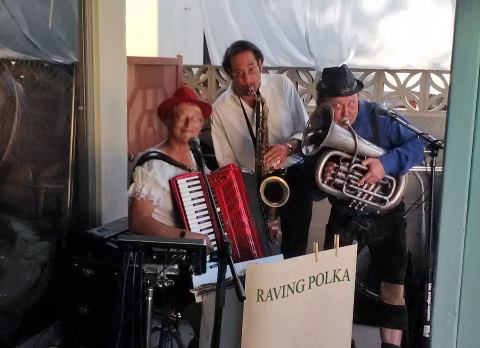 Linda Herman Music Or Polka Party Band - German Band - Seal Beach, CA