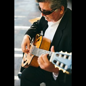 San Simeon Acoustic Guitarist | Wedding Guitarist Classical Spanish Pop