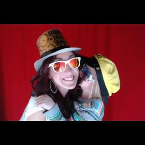 Blue Hill Green Screen Rental | Breezy Day Photobooths