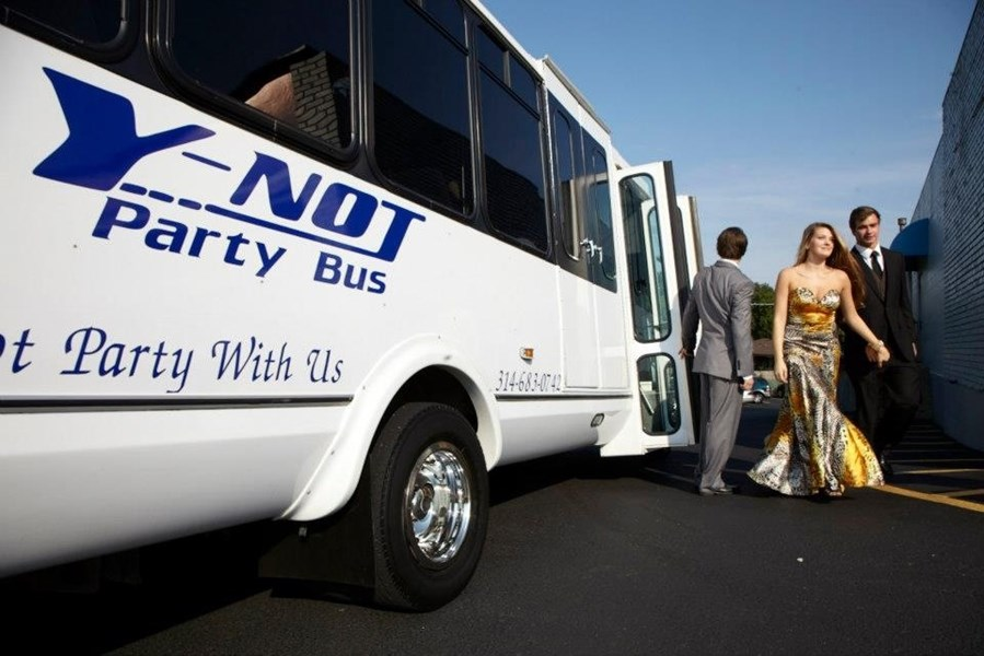 Y-NOT Party Bus - Party Bus - Saint Louis, MO
