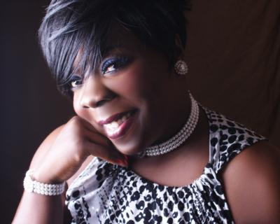 Angela Shaunette Felix | Indianapolis, IN | Cabaret Singer | Photo #2