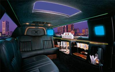 Premier Limo | Berlin, CT | Event Limousine | Photo #12