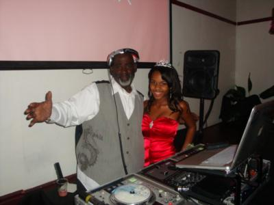 DJ Mandusa | Bay Shore, NY | Event DJ | Photo #3