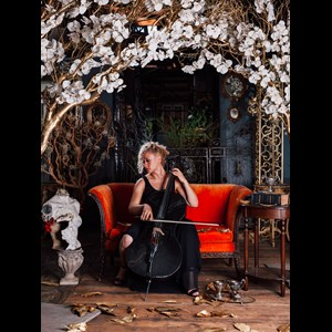 Cedar City Cellist | Freya Seeburger