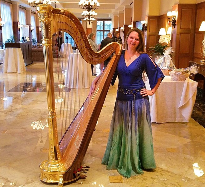 Chanah Ambuter: Michigan Harpist - Harpist - West Bloomfield, MI