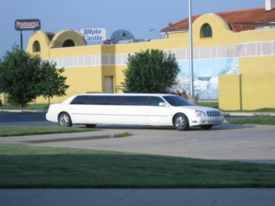 Barton Limousine | Highland, IL | Stretch Limousine | Photo #5