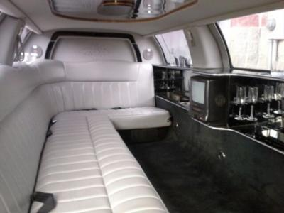 Barton Limousine | Highland, IL | Stretch Limousine | Photo #6