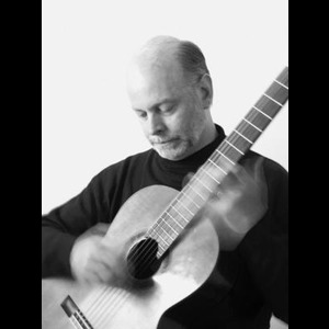 Dallas, TX Classical Acoustic Guitarist | Christopher McGuire