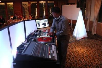 SnapShotDJ Photobooth GreenScreen &LED Up Lighting | Anaheim, CA | Photo Booth Rental | Photo #5