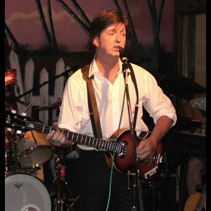 Dewy Rose Beatles Tribute Band | Jed Duvall as Sir Paul