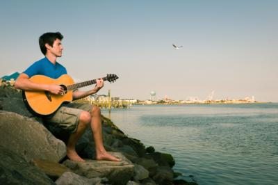 Sean Holloran | Baltimore, MD | Acoustic Guitar | Photo #5