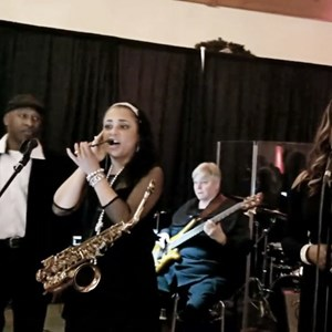 Rowlett, TX Smooth Jazz Band | Joyce Spencer