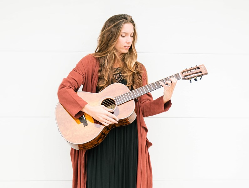 Rheanna Downey - Acoustic Guitarist - Encinitas, CA
