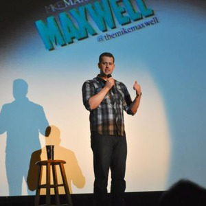 Chicago Comedian | Mike Maxwell