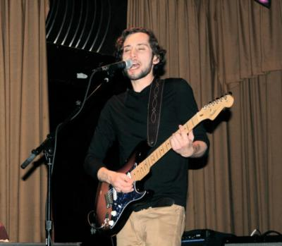 Nate Jones | San Francisco, CA | Singer Guitarist | Photo #9