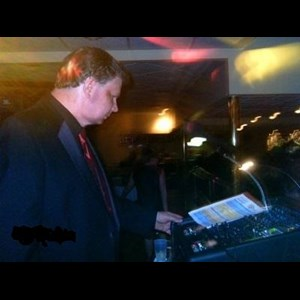 Franklin DJ | Neon Express Entertainment