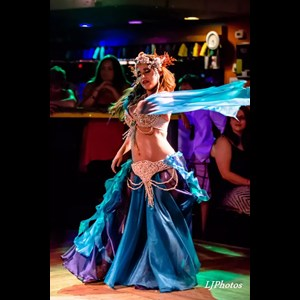 Camden Belly Dancer | Khlassic Amber