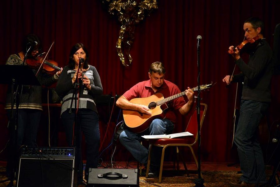 Madra Rua - Irish Band - Pepperell, MA
