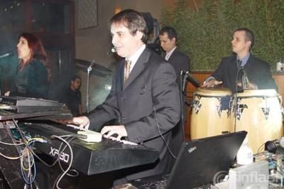 Fondo Blanco Live Band | Weston, FL | Latin Band | Photo #10