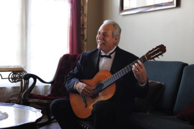 Carlos Gonzales  | Ventura, CA | Classical Guitar | Photo #11