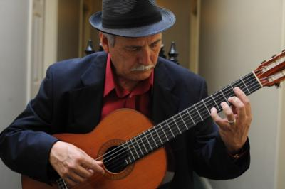 Carlos Gonzales  | Ventura, CA | Classical Guitar | Photo #17