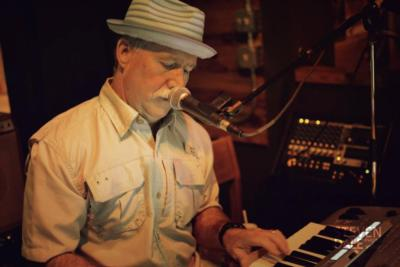 Gary Bardwell | Pascagoula, MS | Oldies One Man Band | Photo #2