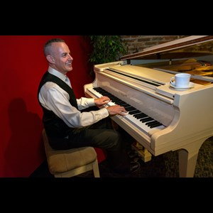 Fremont 90's Hits One Man Band | Noam Eisen - Pianist/Keyboardist & Singer
