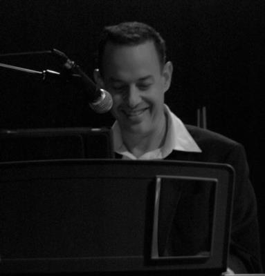 Noam Eisen - Pianist/Keyboardist & Singer  | San Francisco, CA | Singing Pianist | Photo #11