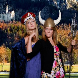 Paron Photo Booth | Memphis Green Screen Photo Booths