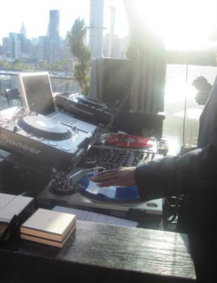 DJ MIKE-DOELO | New York City, NY | Mobile DJ | Photo #2