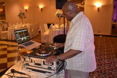 TSOB Entertainment  DJ Dr. Love & MC Fluff Master | Linden, NJ | Mobile DJ | Photo #13