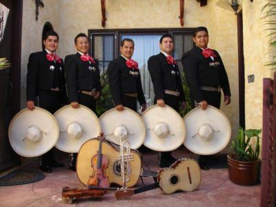 Mariachi Gallos De Oro | Huntington Park, CA | Mariachi Band | Photo #9