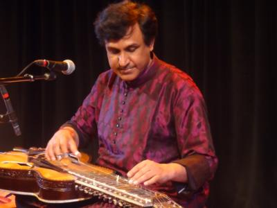 CHAKRAPANI - INDIAN CLASSICAL GUITAR | Reno, NV | World Music Band | Photo #6