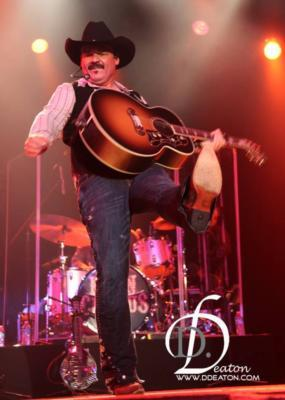 Neon Circus Brooks And Dunn Tribute | Dallas, TX | Country Band | Photo #1
