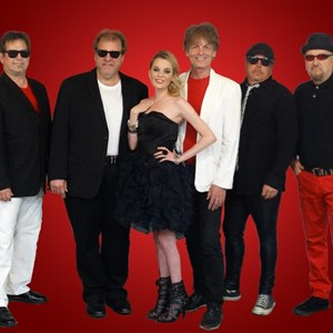 Marianna 80s Band | The M-80s