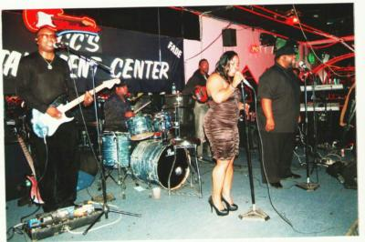 INNER WORLD BAND | Memphis, TN | Cover Band | Photo #4