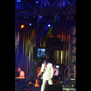 Brookfield Elvis Impersonator | Keith Lewis as Elvis