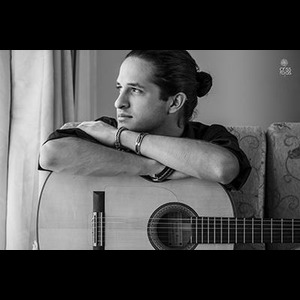 Iowa Flamenco Guitarist | Felipe Carvajal