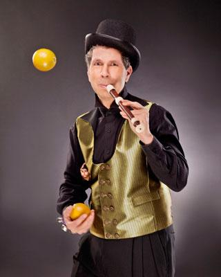 Daniel DaVinci | Pinole, CA | Comedy Juggler | Photo #6