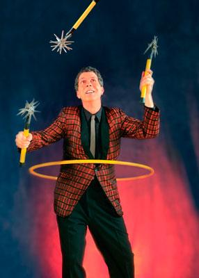 Daniel DaVinci | Pinole, CA | Comedy Juggler | Photo #3