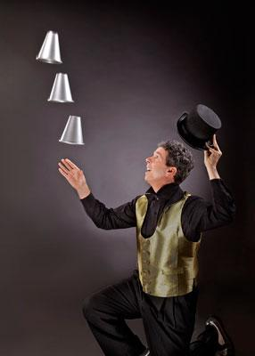 Daniel DaVinci | Pinole, CA | Comedy Juggler | Photo #4