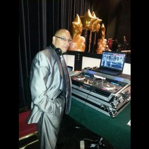 Whiteford Radio DJ | DJ Chino