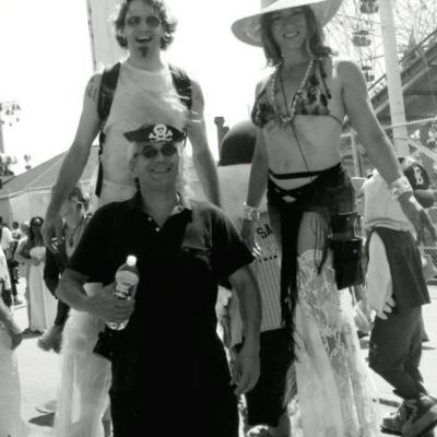 Lady Leggs | New York, NY | Stilt Walker | Photo #11