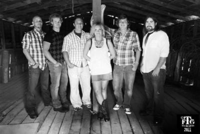 Too Far Gone | Burlington, NC | Country Band | Photo #4
