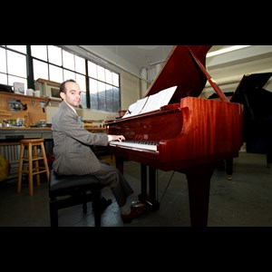 Cedar Grove, NJ Pianist | Chris Phillipps