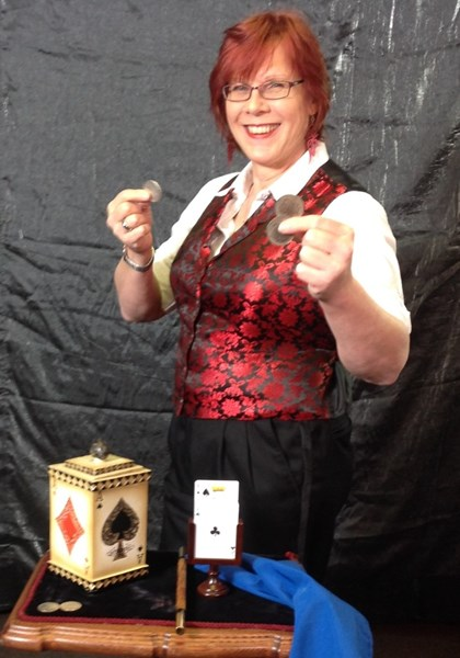 Stephanie Beach Magic - Magician - Littleton, MA