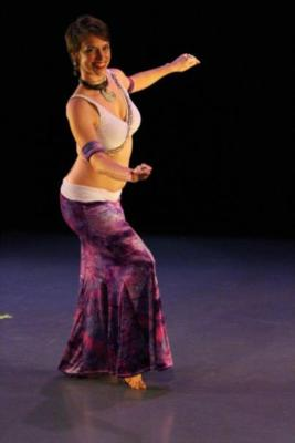 Amy  | Kansas City, MO | Belly Dancer | Photo #4
