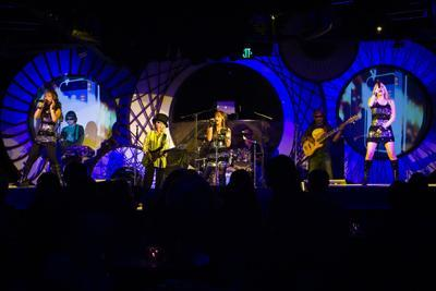 Liquid Blue | Los Angeles, CA | Cover Band | Photo #9