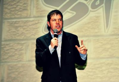 Tom Garland | Cedar Rapids, IA | Stand Up Comedian | Photo #3